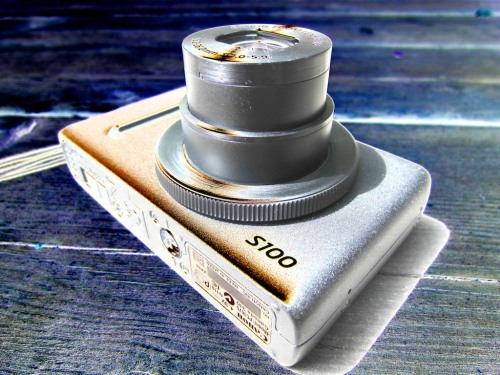 Your pocket camera is on the floor and now a useless brick. In our disposable society, do you just buy another? Or do you navigate a repair?