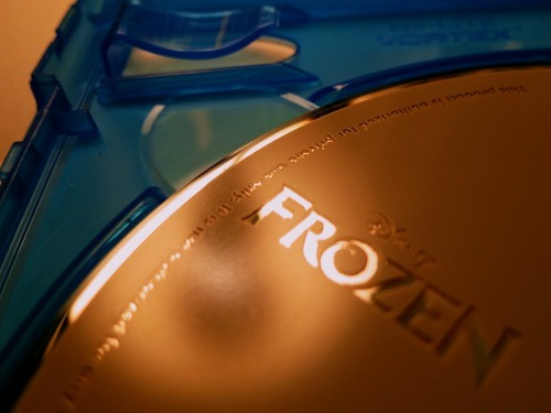 "This disc shouldn't greet you when you open up your new ""Frozen Collector's Edition"" case.  If there aren't eleven alphanumeric characters slipped into the insert tab, you can't get the digital download.  But there is another way…"
