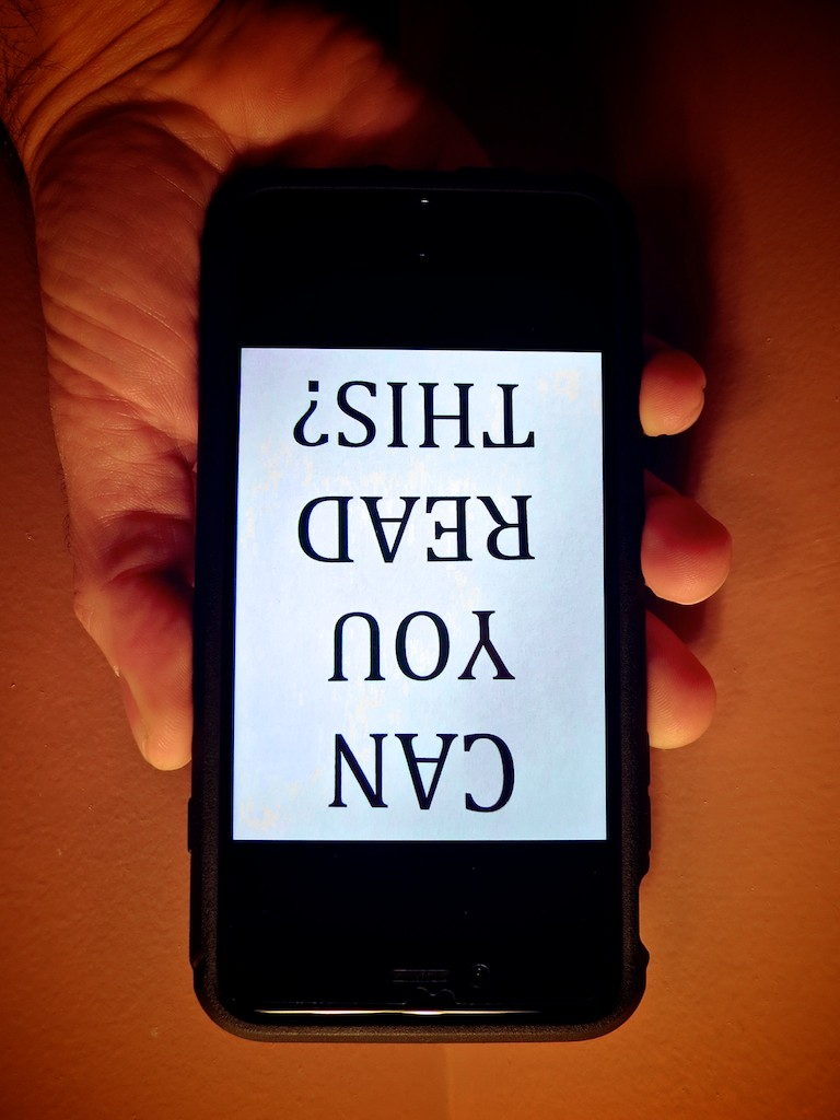 how to text upside down iphone