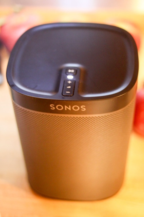 Behold! My new Sonos Play:1 wireless speaker. I've struggled with the choice to go Sonos for years. But it really boils down to five reasons….