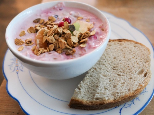 muesli-yogurt